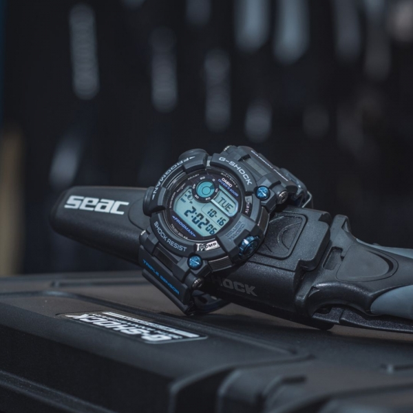 g-shock frogman gwf-d1000b-1ltd limited edition